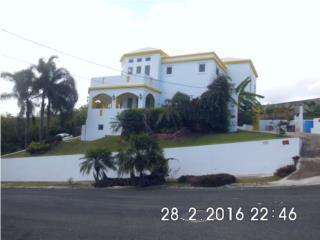 Se vende casa con vista al mar