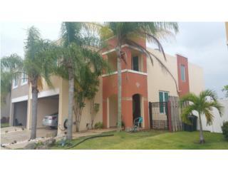 Cielo Dorado Village - Esquina!