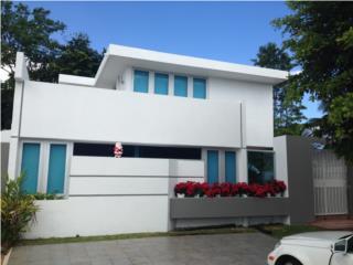 Moderna casa remodelada en Rio Hondo II!