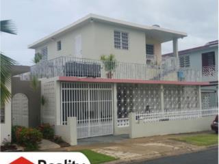 Villa Prades, Multifamiliar