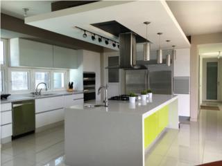 Moderna Mansion en Paseo Los Robles