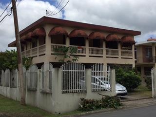 Residencia En Campo Bello
