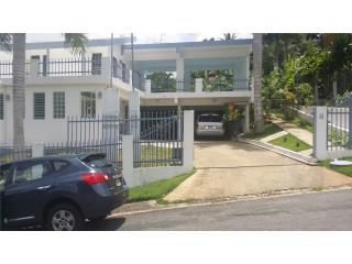 Exquisita residencia en Lomas de Santa Marta
