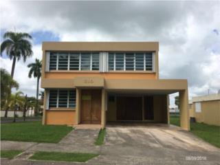 Palacios Reales  4/2.5  $158,000