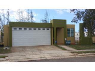 Urbanización Los Pinos II calle Earina E2 Arecibo