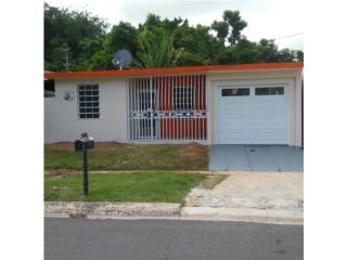 Villa Pinares.  3h/1b/s/c/c/l/m. Patio.  $79