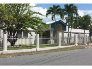 Casa Guaynabo Urb. Carmen Hill  4/2.5