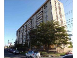 Cond. Golden Tower Apto. 813 100% FHA