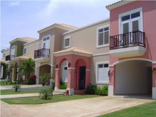 LAS CASITAS TOWN HOUSE