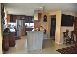 For Sale: Apt Cond. Taft, Condado, Reduced Price!
