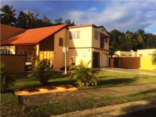 Corner House, Quintas Mariana, Manatí