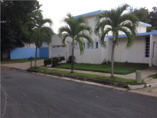Alturas  Borinquen Gardens URB. Cerrada