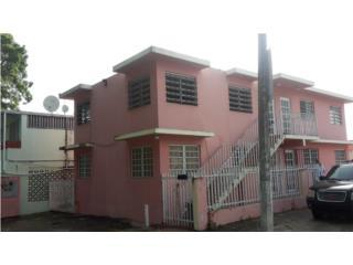 Edificio Multi-Familiar en Buenas Condiciones