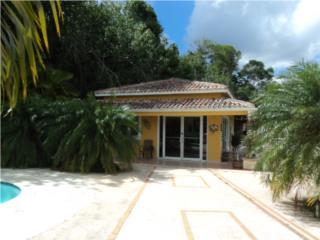 Villa Espectacular en 5 cdas., Barranquitas