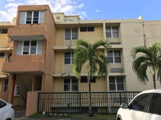GUAYNABO - Cond. Montesol - $106K - 3/2