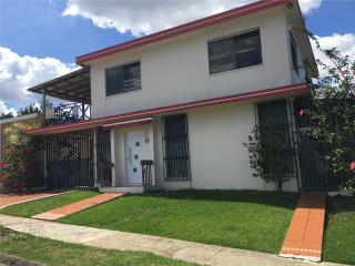 Casa Colinas de montecarlo 3-2, $180k