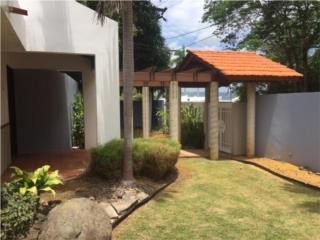 Casa en Miradero Gardens, Calle Pitirre