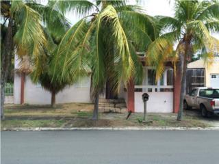 Villa Palmira D-83 - Propiedad de esquina