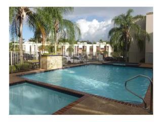 Villas de Monte 3h,2b. $145k