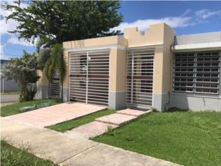 Se vende bella casa en Los Árboles