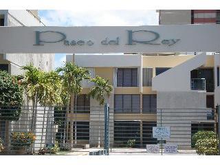 Paseo del Rey, Ponce - Cómodo walk up