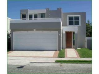 Mansiones del Caribe ($100 de Pronto FHA)