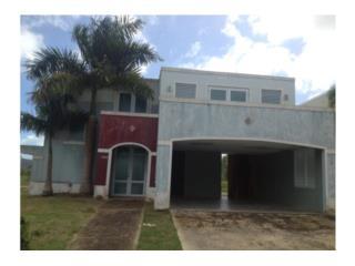 Casa Fajardo $146k 4h y 2.5b