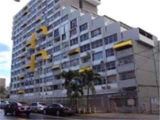 COND CRISTAL HOUSE DE ESQUINA