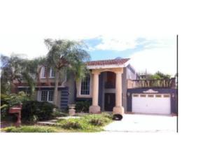 Amplia casa en Panorama Village Bayamón $230k