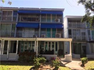 Rebajada! Villas de la Playa II Dorado del Mar