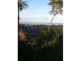 Hermosa Residencia en Guaynabo con vista a SJ