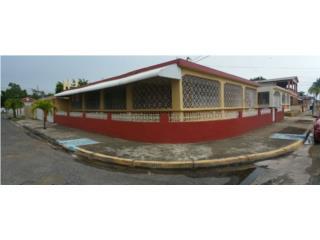Urbanizacion San Thomas, Ponce Playa. 3-1 Esq