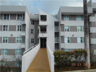 Cond. Balcones de Montereal, Carolina