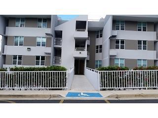Balcones De Monte Real FHA