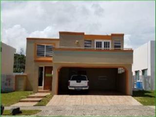 Mnasiones Del Caribe, Humacao, Casa
