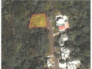 Solar de 1,098 mts. en Urb. La Rueda