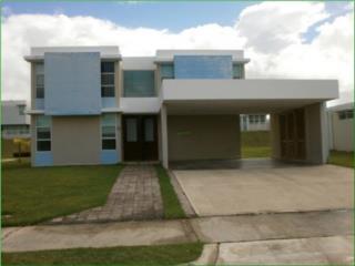 Mansiones De Juncos, Juncos, Casa