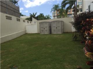Garden de esquina, amplio patio, no escaleras FHA