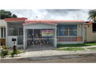 Urb Santa Teresita calle Anastasia 3405 Ponce
