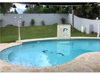 Casa con piscina a pasos  de Rio Hondo