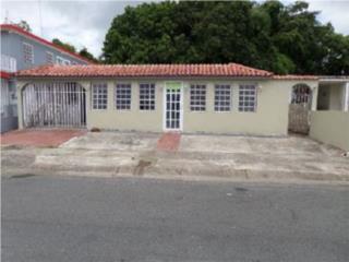 Lomas De Carlina, Carolina, Casa
