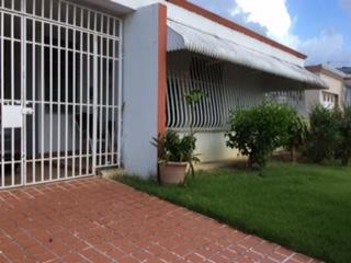 Urb. Country Club, San Juan