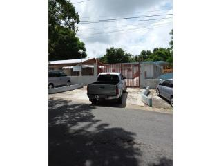 Casa con 5 apartamentos en Yabucoa PR