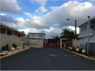 Casa Alturas de Flamboyan- $98,000