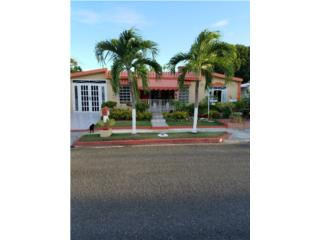 Urb Villa Rosa 3, Guayama - Bonita casa