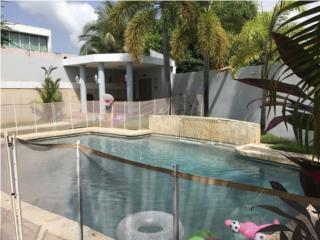 Palacios Reales con piscina,  4-2.5b $205k