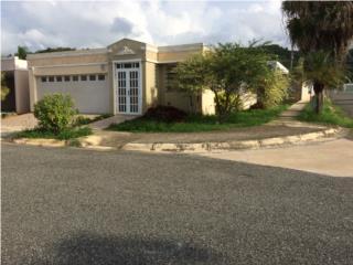 Casa grande 4 cuartos y ctrol de acceso