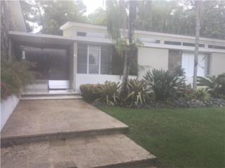Preciosa Residencia en Torrimar - $975K