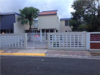 casa Levitown, Toa Baja 3H/2B, $139K