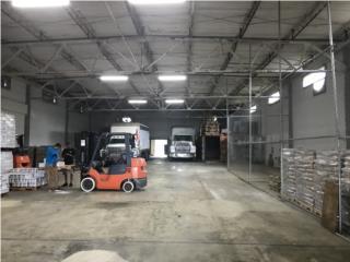 Warehouse aprox. 15,400 Pies Cuadrados